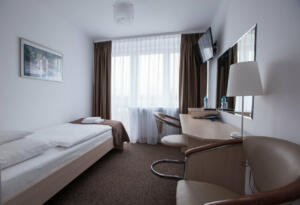 hotellogos-wwa-gal02-09-pokoje